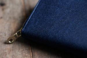 藍染革(数多)のラウンドファスナー長財布