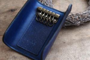 藍染革(数多)キーケース