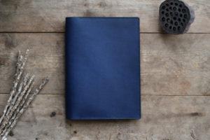 藍染革[migaki&shiboai]A5ノートカバー