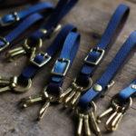 藍染レザー真鍮製キーホルダー