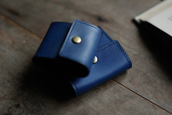 藍染革ペアコインケース